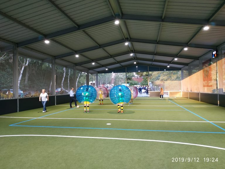 Bubble Soccer in der GFA Arena Simmern